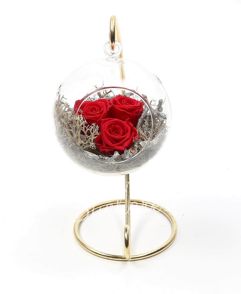 3 cryogenic roses in glass globe