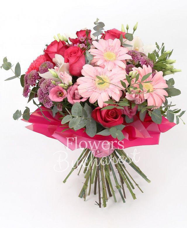 5 trandafiri cyclam, 5 gerbera roz, 5 santini roz, 3 lisianthus roz, 3 garoafe cyclam, cymbidium alb, eucalypt