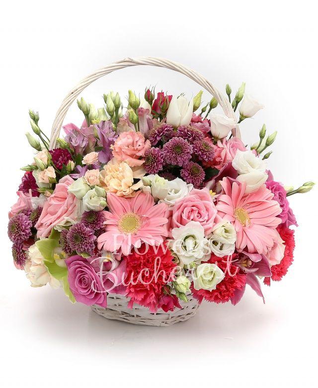 5 trandafiri cyclam, 5 trandafiri roz, 5 gerbera roz, 3 miniroze roz, 4 lisianthus alb, 3 santini roz, 2 lisianthus roz, 2 alstroemeria mov, 3 garoafe cyclam, 3 garoafe crem, cymbidium verde, cymbidium grena, coș
