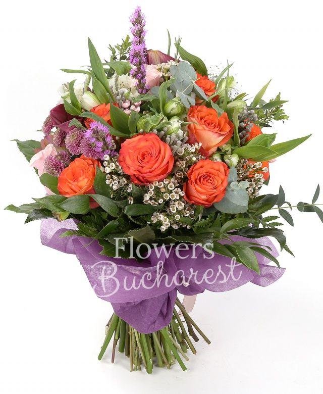 7 trandafiri portocalii, 3 trandafiri roz, 5 cale rosii, 5 bouvardia roz, 3 crizanteme mov, 5 frezii grena, 3 liatris, 5 alstroemeria alba, 3 waxflower, 5 brunia, 3 panicum, eucalypt, salal, aralia