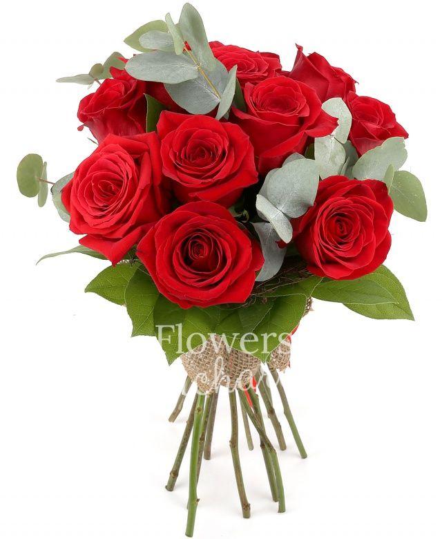 11 trandafiri rosii, eucalypt, salal, cuib