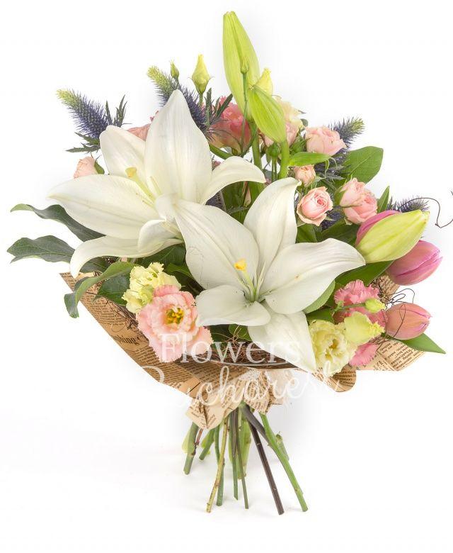 1 crin alb, 2 miniroze roz, 2 lisianthus roz, 2 eryngium, 4 lalele roz, salal, eucalypt
