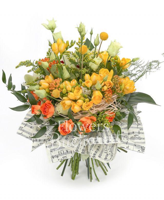3 lisianthus crem, 10 frezii galbene, 3 asclepias portocalii, 3 miniroze portocalii, cymbidium verde, 2 solidago, 3 aspidistra, 3 craspedia, ruscus, cuib
