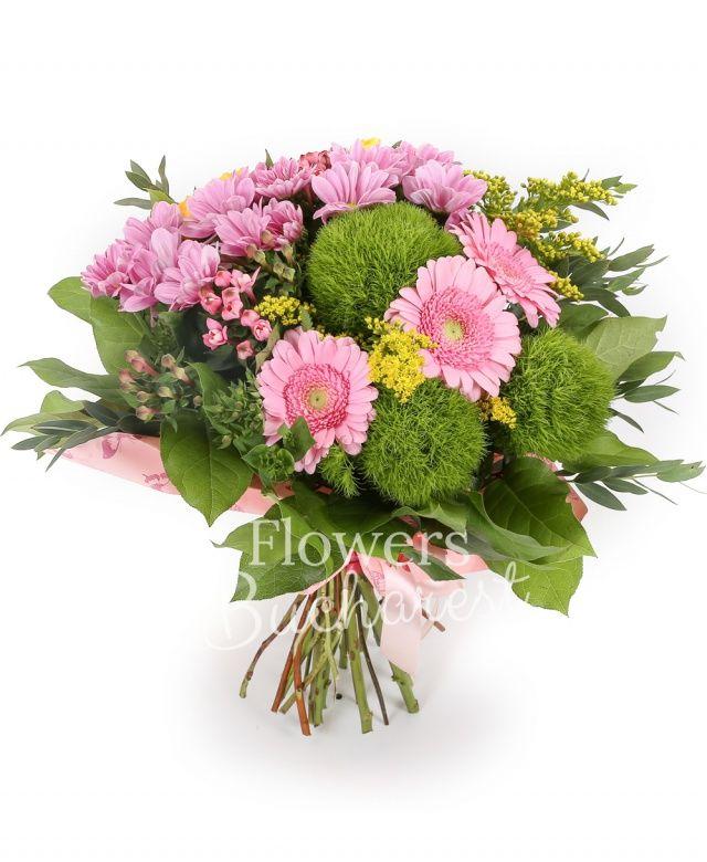 3 garoafe verzi, 3 miniroze galbene, 2 crizanteme roz, 2 bouvardia roz, 3 gerbera roz, 3 solidago, eucalypt, salal