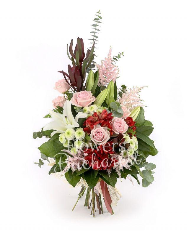 2 crini albi, 6 trandafiri roz, 3 santini alb, 3 alstroemeria roșie, 3 leucadendron, 4 astranția roz, aralia, eucalypt, salal