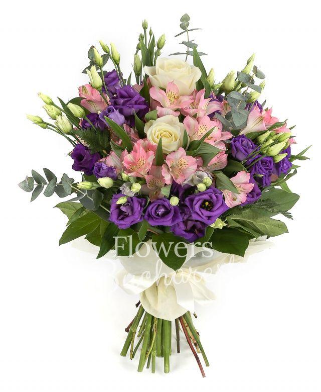 5 trandafiri albi, 5 alstroemeria roz, 7 lisianthus mov, eucalypt, salal