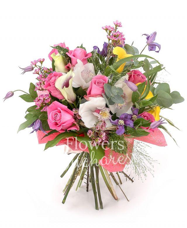 9 trandafiri roz, 3 cale galbene, 2 cale alb cu mov, 3 clematis, cymbidium alb, waxflower roz, panicum, eucalypt, salal, cuib