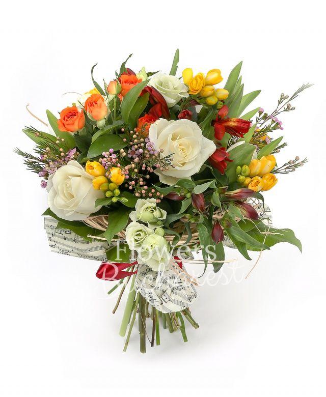 3 trandafiri albi, 5 frezii galbene, 3 miniroze portocalii, 5 alstroemeria rosii, 5 lisianthus alb, waxflower roz, salal, cuib